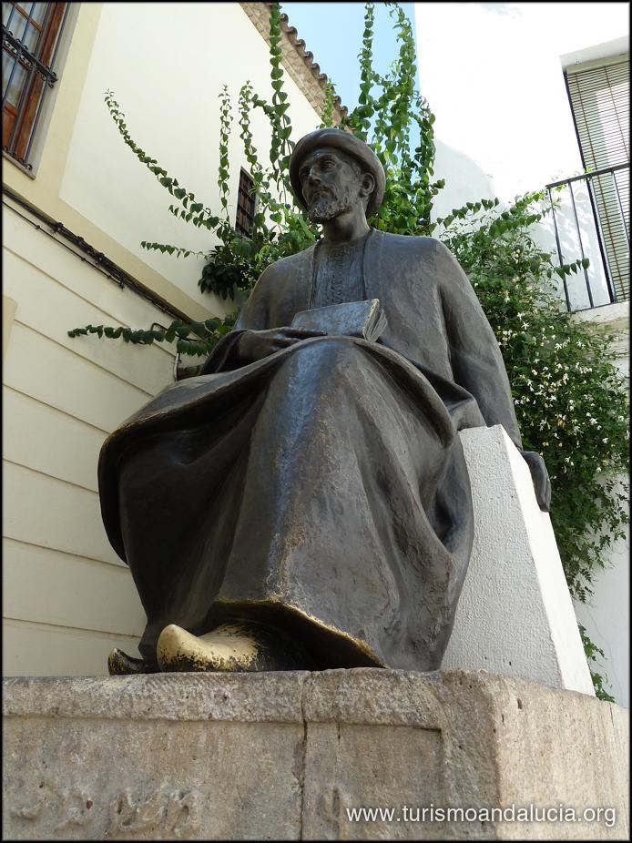 Estátua de Maimónides en Córdoba