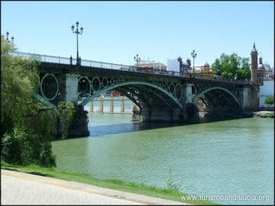 Puente de Triana en Sevill